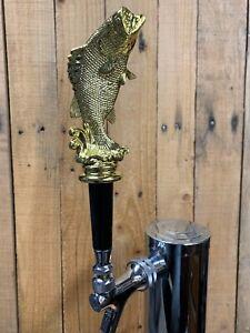 Largemouth-Bass-Fishing-Trophy-Tap-Handle-Beer-Keg-Fisherman-Hunter-Gold-Plastic