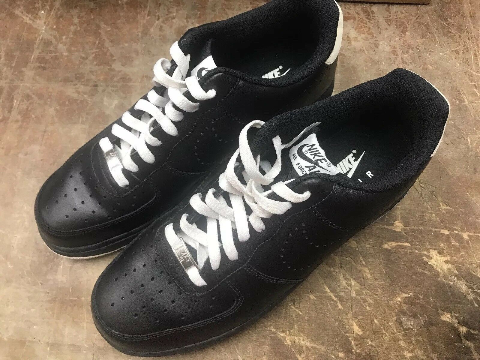 Nike Air Force 1 Low  315-122-025  Size 12
