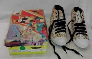 VINTAGE-SPUDS-MACKENZIE-SIZE-6-1-2-HIGH-TOP-WOMANS-TENNIS-SHOES-UNWORN-WITH-BOX
