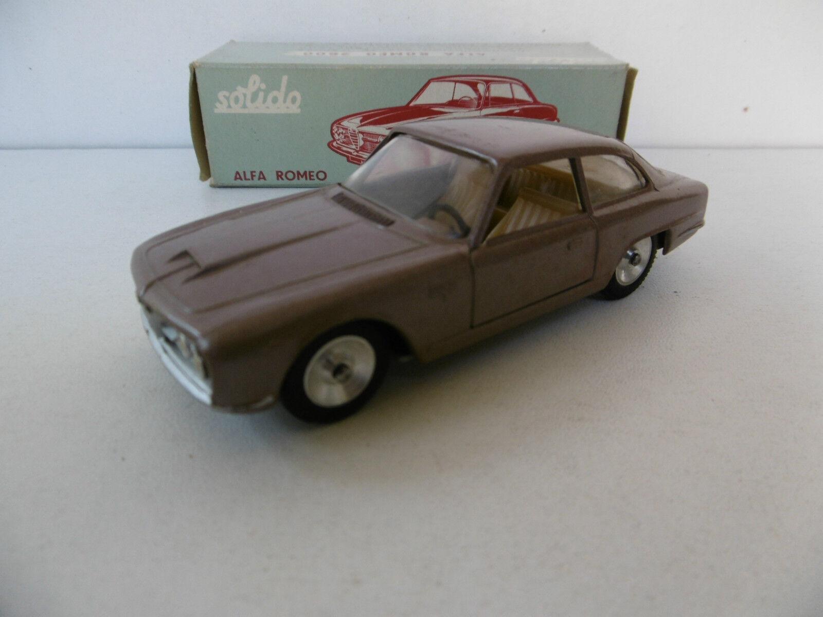 SOLIDO  SÉRIE 100  ALFA-ROMEO 2600 2600 2600 BERTONE   1963  BEL ÉTAT  BOITE D'ORIGINE   Up-to-date Styling  be594d