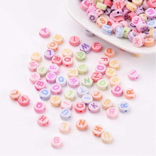 Lote de 200 Cuentas Letras Alfabeto Al Azar Multicolor Pastel 7mm Agujero 1,5mm