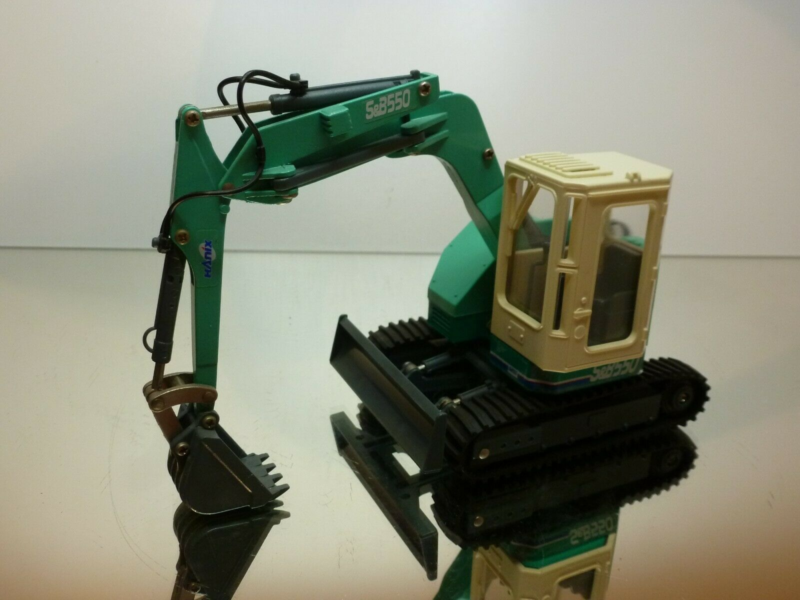 DIAPET YONEZAWA 014 HANIX S&B550 EXCAVATOR - verde 1 26 - VERY GOOD CONDITION