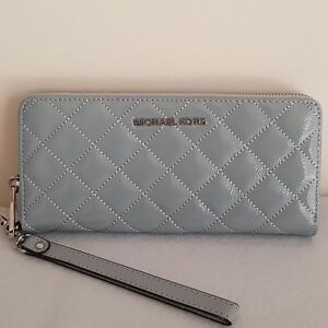 716754593c65 SLAE! MICHAEL KORS Jet Set Travel Patent Leather Continental Wallet ...