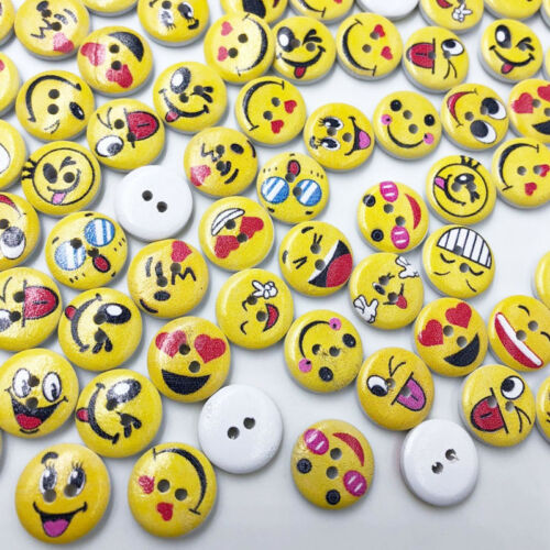 50pcs Round Wooden Sewing Cute Emoji Face Buttons 15//20mm  DIY Accessoires W619