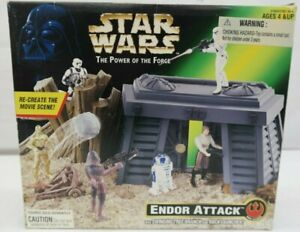 Star Wars Power of the Force Endor Attack Playset  TY