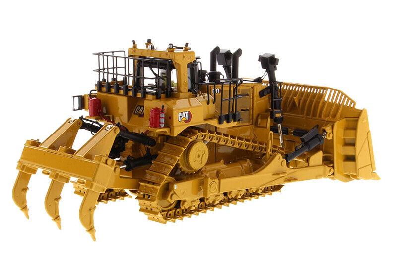 1//50 DM Caterpillar Cat D11 Dozer Track-Type Tractor TKN Design Model #85604