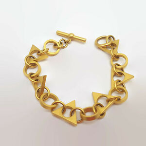 Matte-Gold-Tone-Triangle-Toggle-Bracelet