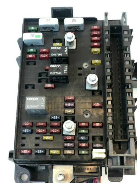 2002 2003 Trailblazer Engine Fuse Box Relay Oem
