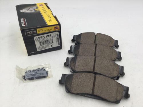 Akebono ASP1194 Performance Ultra Premium Ceramic Disc Brake Pad Kit