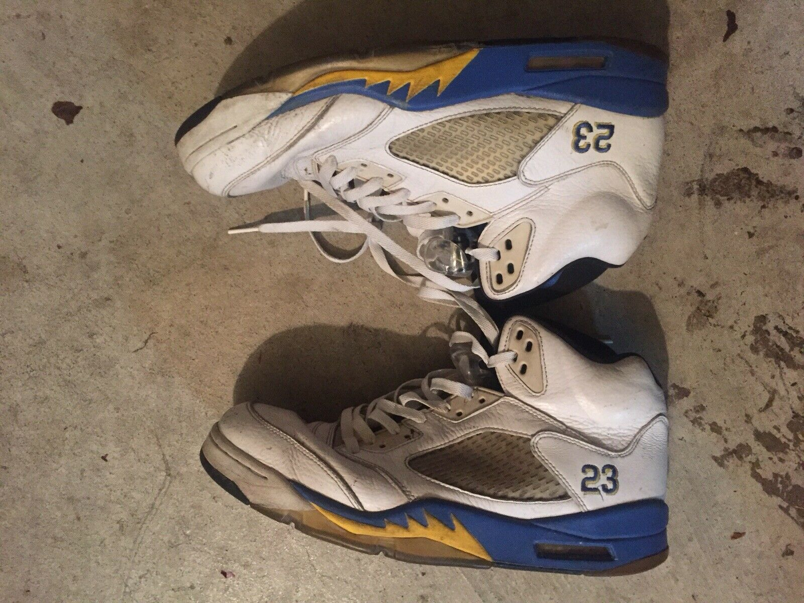 Jordan 5 Retro Laney (2013) Sz 12 100% Authentic Good For Restoration cleaning