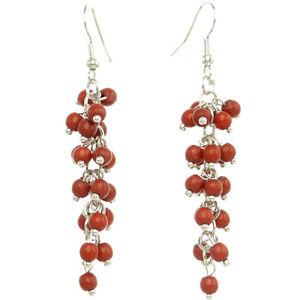 boucles d'oreilles pendantes rouges