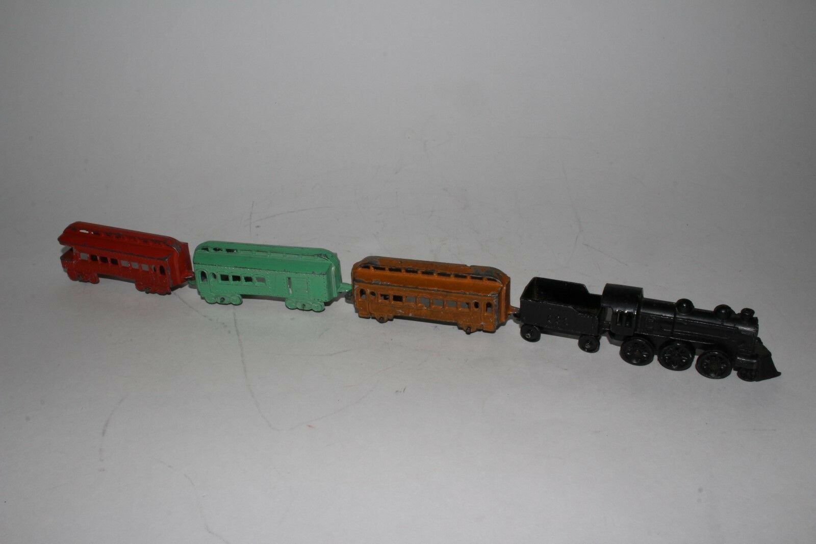 Tootsietoy 1920's Steam Locomotive Train with Passenger Cars, Original