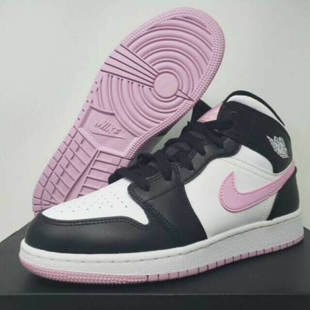 pink and white basketball shoes
