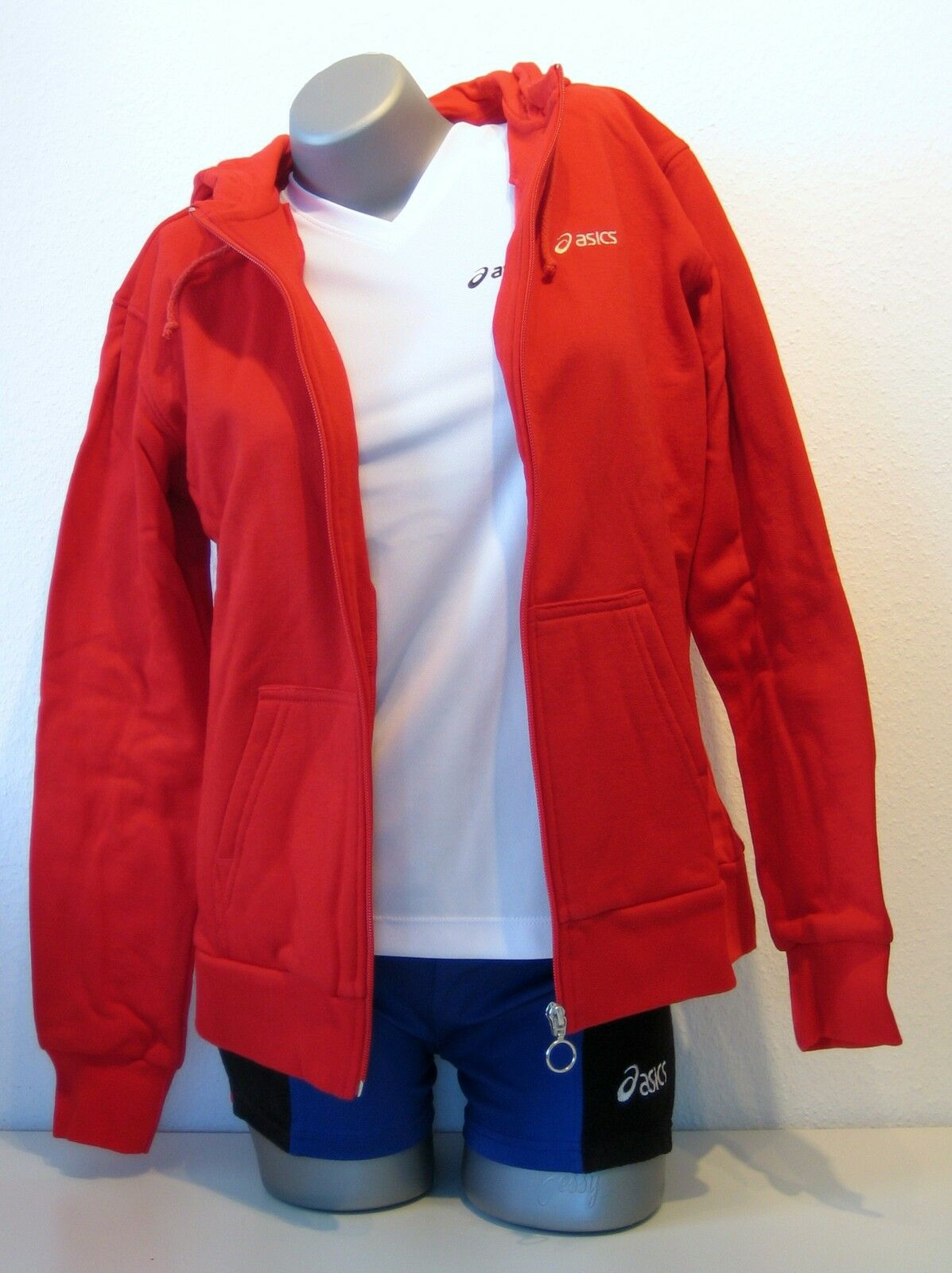 Ae Asics Ladies Hoodie Sweat SIZE XS (32 34) Red New Chumba Hooded Vest