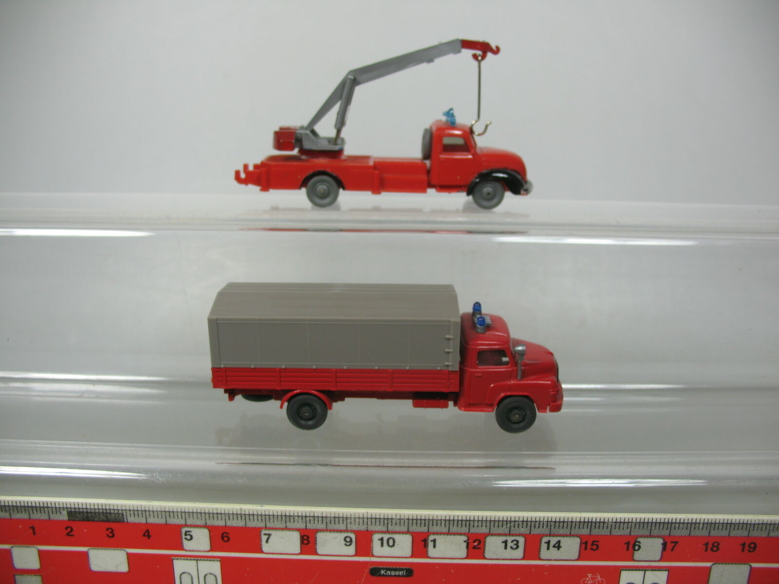 Ab693-0, 5  2x wiking h0 1 1 1 87 pompiers-aménagements on + MAGIRUS e09912