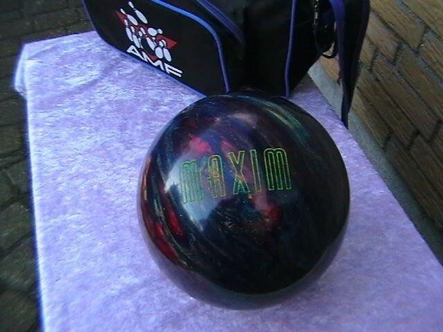 Bowlingkugle, MAXIM. EBONITE. U:S:A: NY PRIS