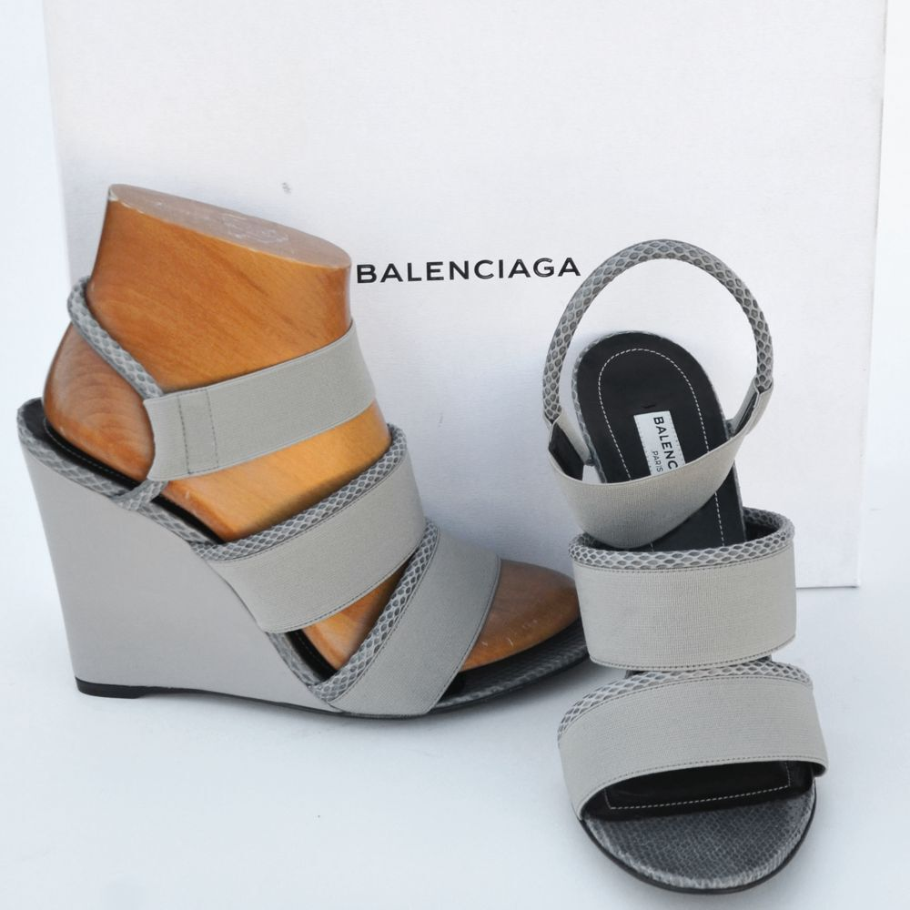 BALENCIAGA New sz 39 8.5 Authentic Designer Womens Sandals Heels shoes open toe