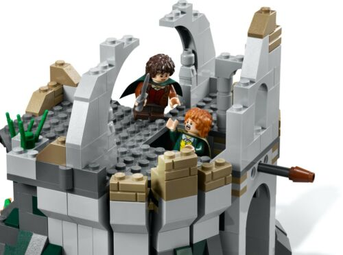 New Sealed LEGO The Lord of the Rings 9472 Attack On Weathertop Discontinued