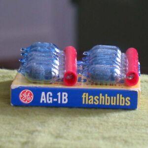 12 Vintage GE Unfired AG-1B Blue Flashbulbs in Original Box