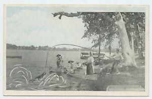 FREAK-FISH-No-2249-Men-Women-in-boats-fishing-PC