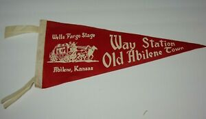 18-034-Old-Vintage-1950s-Wells-Fargo-Stage-Coach-Abilene-Kansas-Graphic-PENNANT