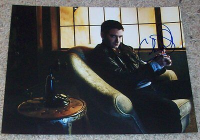 Competent Colin Donnell Signed Autograph Chicago Med Arrow 8x10 Photo W/proof Autographs-original Television