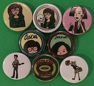 Daria-1-034-buttons-pinbacks-Mtv-90s