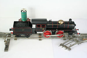 MARKLIN-Locomotive-mecanique-et-son-tender-en-ecartement-1-Repeinte