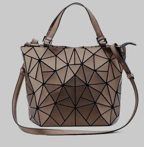 Geometric-Lattice-Designer-Inspired-Top-Handle-Purse