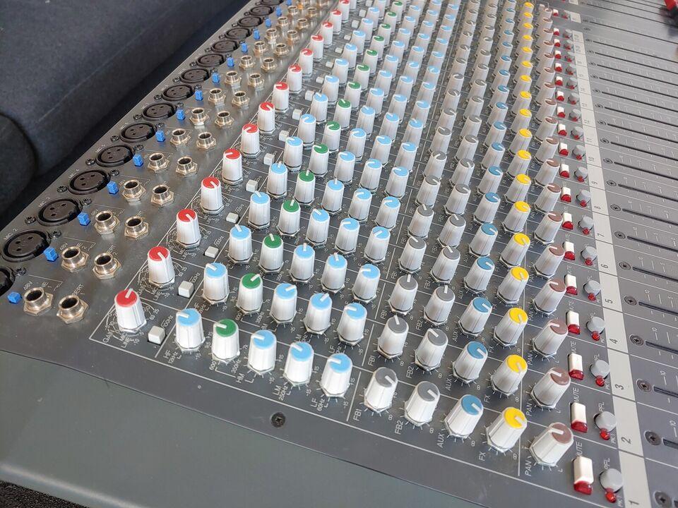 28-kanals analog mixer, Allen & Heath PA28