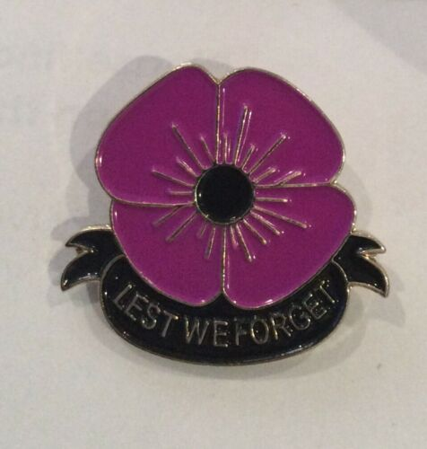 POPPY REMEMBRANCE  ENAMEL  PIN BADGE LEST WE FORGET FOR ALL THE ANIMALS