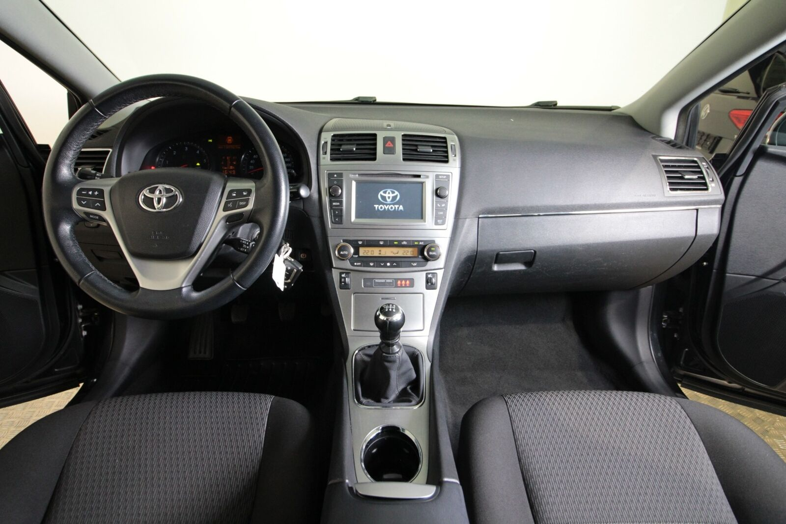 Toyota Avensis D-4D T2 Touch stc.