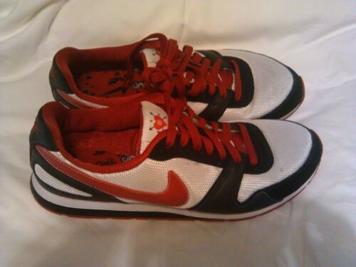 Vintage Nike Love Sport Shoes Women s Size US 10