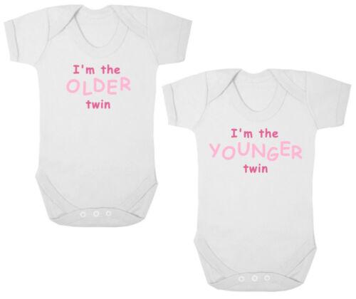 Recién Nacido Regalo Yo soy el mayor//menor Twin Nuevo monos//crece//CHALECOS Baby Shower
