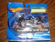 Hot Wheels 1:18 Die-Cast Metal Black Kawasaki Ninja ZX-9R Motorcycle – Brand New