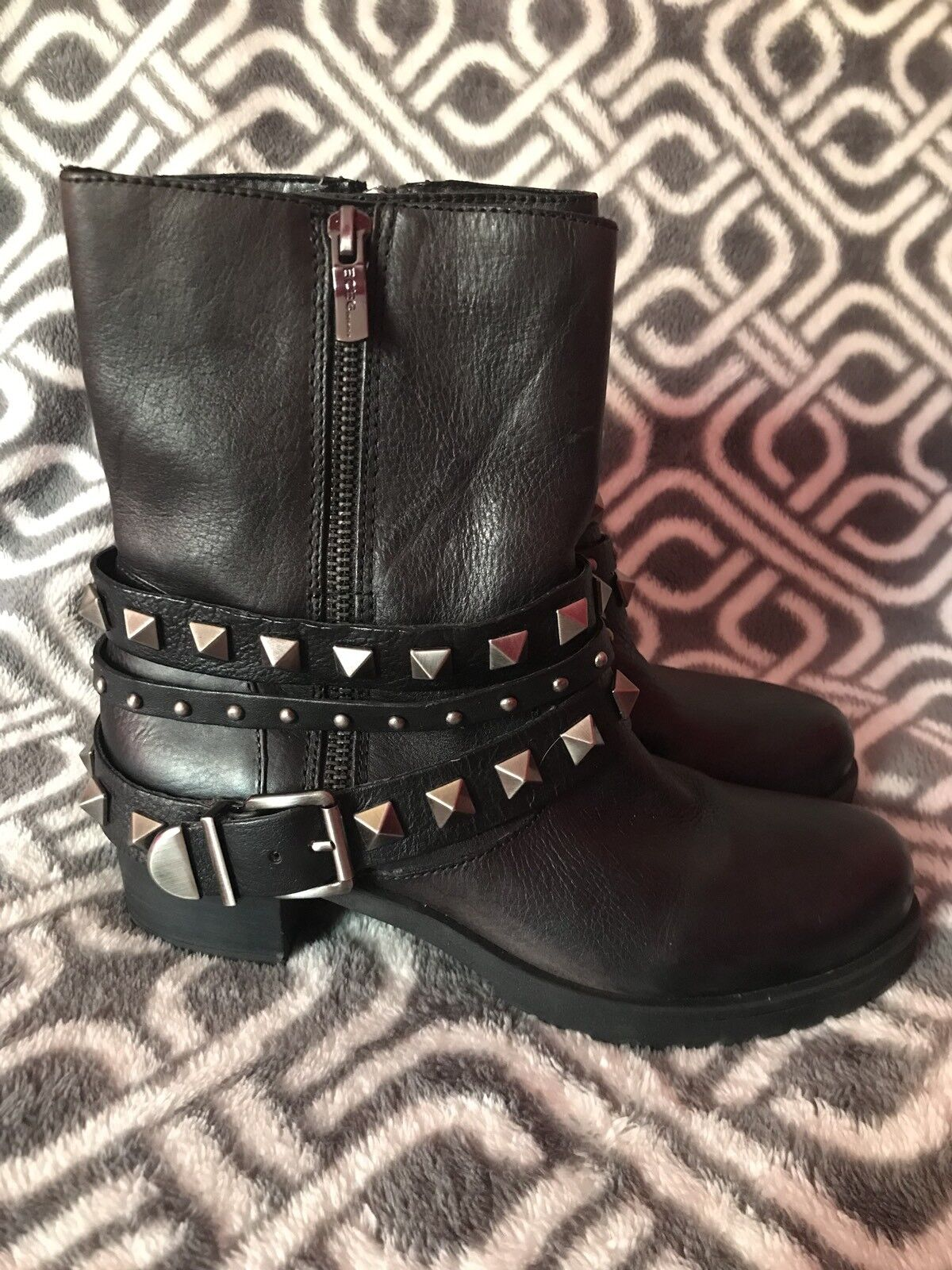 BCBG Studded Black Leather Ankle Boots Booties Size 6M