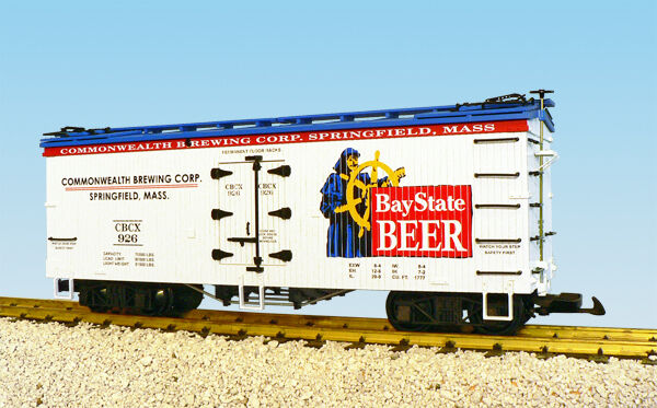 USA Trains G Scale R16376  BAY STATE BEER - WHITE blueE Reefer