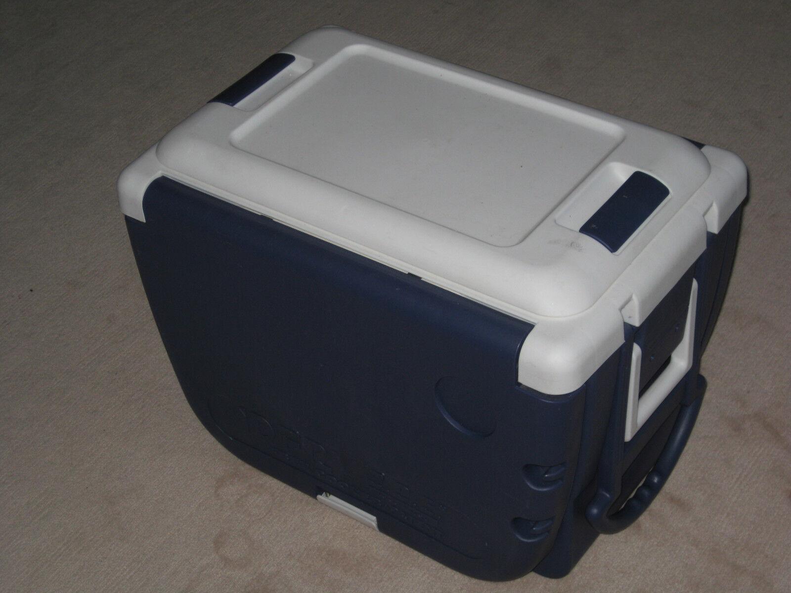 IDFR Free Cooler O.D.E Idea First Camping Box MIT TRAGEGRIFF + RÄDER+ Stühle 30L