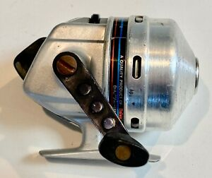 Daiwa-Apollocast-108S-Spincast-Reel-Very-Clean-amp-Very-Good-Condition