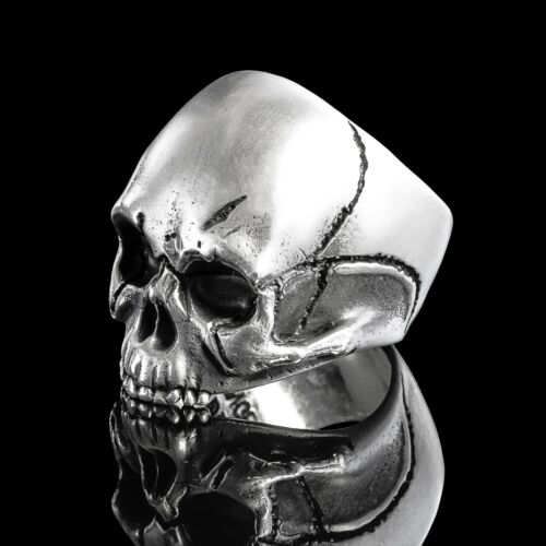 SPECIAL EDITION KEITH An exact re-creation of Keith Richards skull.