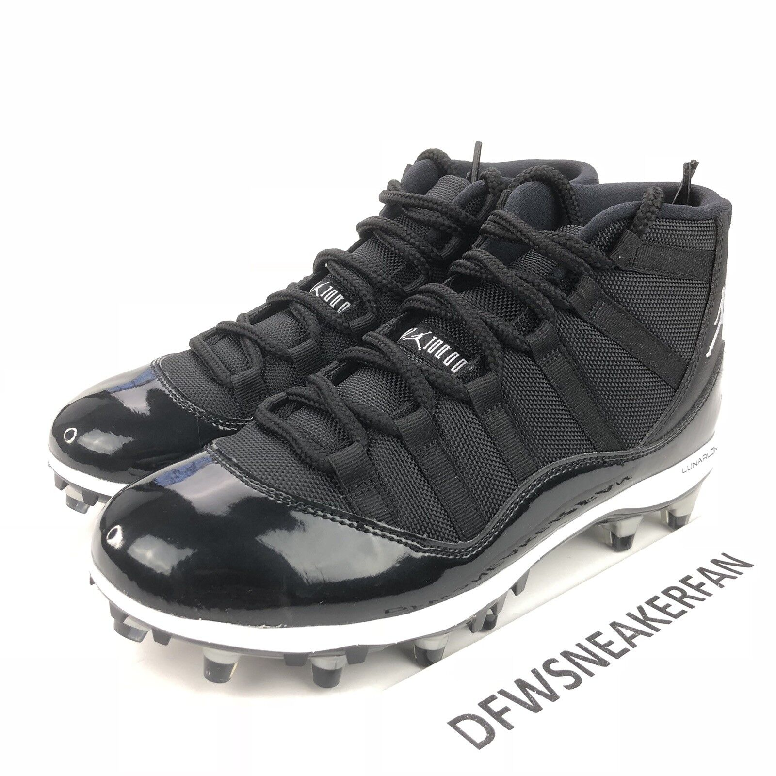 online store fec35 0a308 Nike Air Jordan XI XI XI 11 Retro TD Men s 8.5 Black White Football Cleats  AO1561