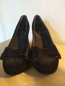 SUEDE-WEDGES-BY-MELISSA-SIZE-4-5-WORK-FORMAL-WEDDING