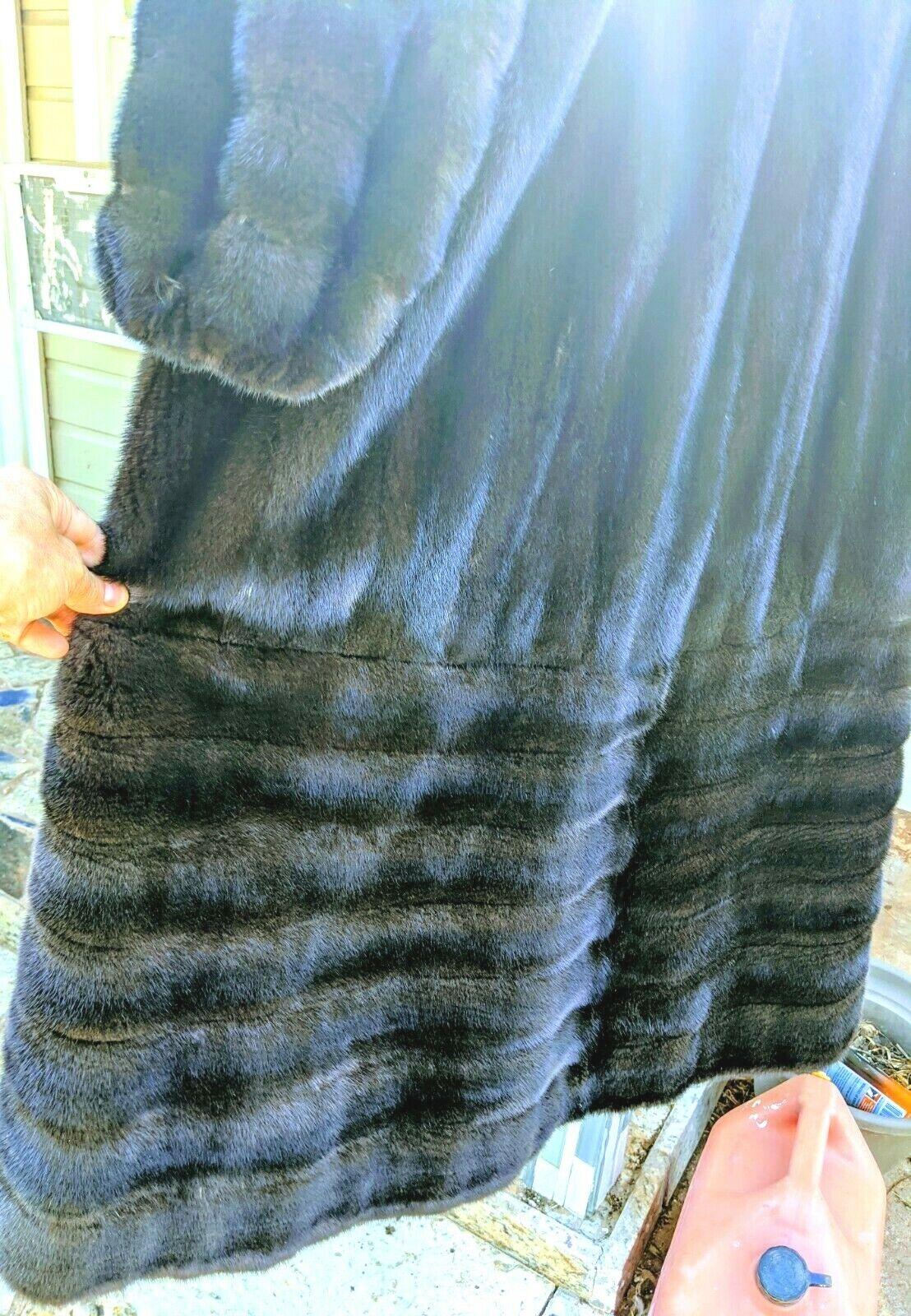 Gorgeous Real Ranch mink Female pelts Fur Coat br… - image 6