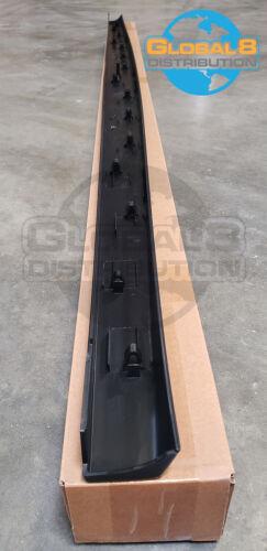 Global 8 OE Tailgate Molding for 2006-2008 Lincoln Mark LT