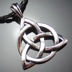 Celtic-Knot-Triquetra-Trinity-Pewter-Pendant-with-20-Choker-Necklace-PP-234