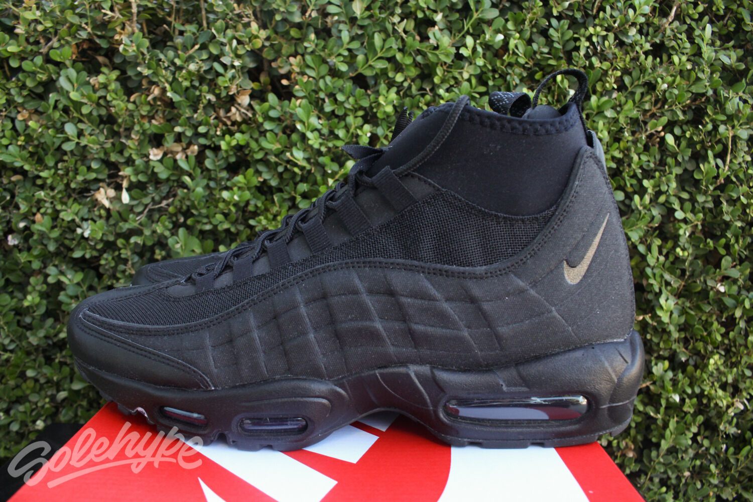 12ee4e64b022bc outlet NIKE AIR MAX 95 SNEAKERBOOT SZ 12 BLACK 2016 BLACKOUT TRIPLE 806809  002