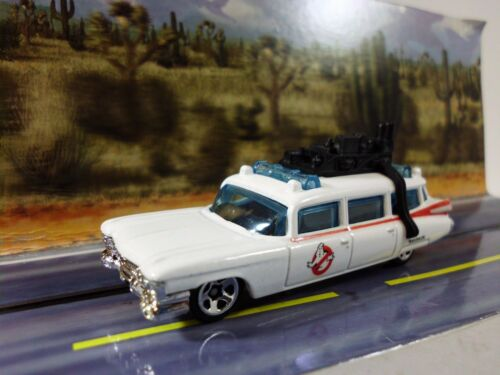 GHOSTBUSTERS  Ecto-1  1//64 S SCALE TRAIN LAYOUT CAR 1:64 DIECAST VEHICLE