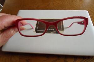 Guess lunettes femme annonces d achats et de ventes - les meilleurs prix c571a3b4477a
