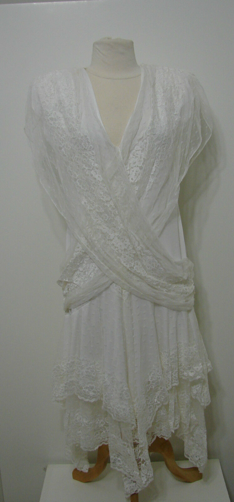 Vintage JC Penney White Layered Lace Draped Fishtail Dress NWOT 13 14 ILGWU