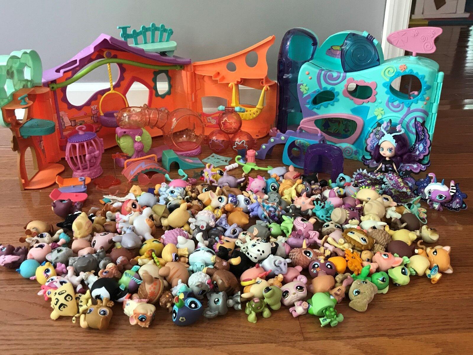 Número mínimo de tiendas de mascotas, dos juegos de juguetes y accesorios